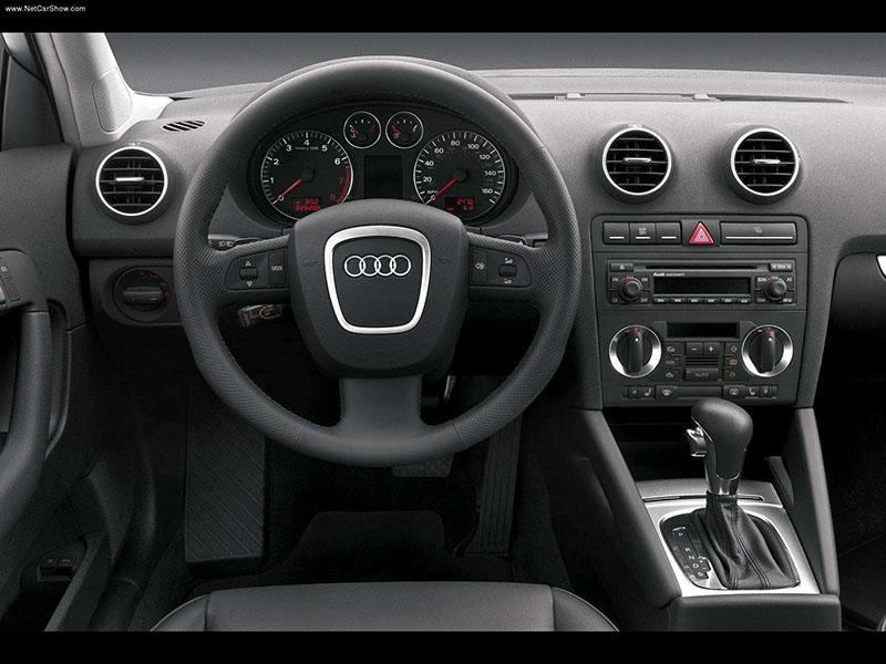 changement d 39 autoradio sur audi a3 de 2005 probl mes int rieur forum audi a3 8p 8v. Black Bedroom Furniture Sets. Home Design Ideas