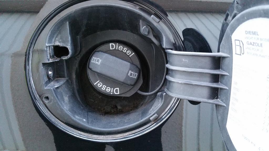 ressort trappe  u00e0 essence   probl u00e8mes ext u00e9rieur
