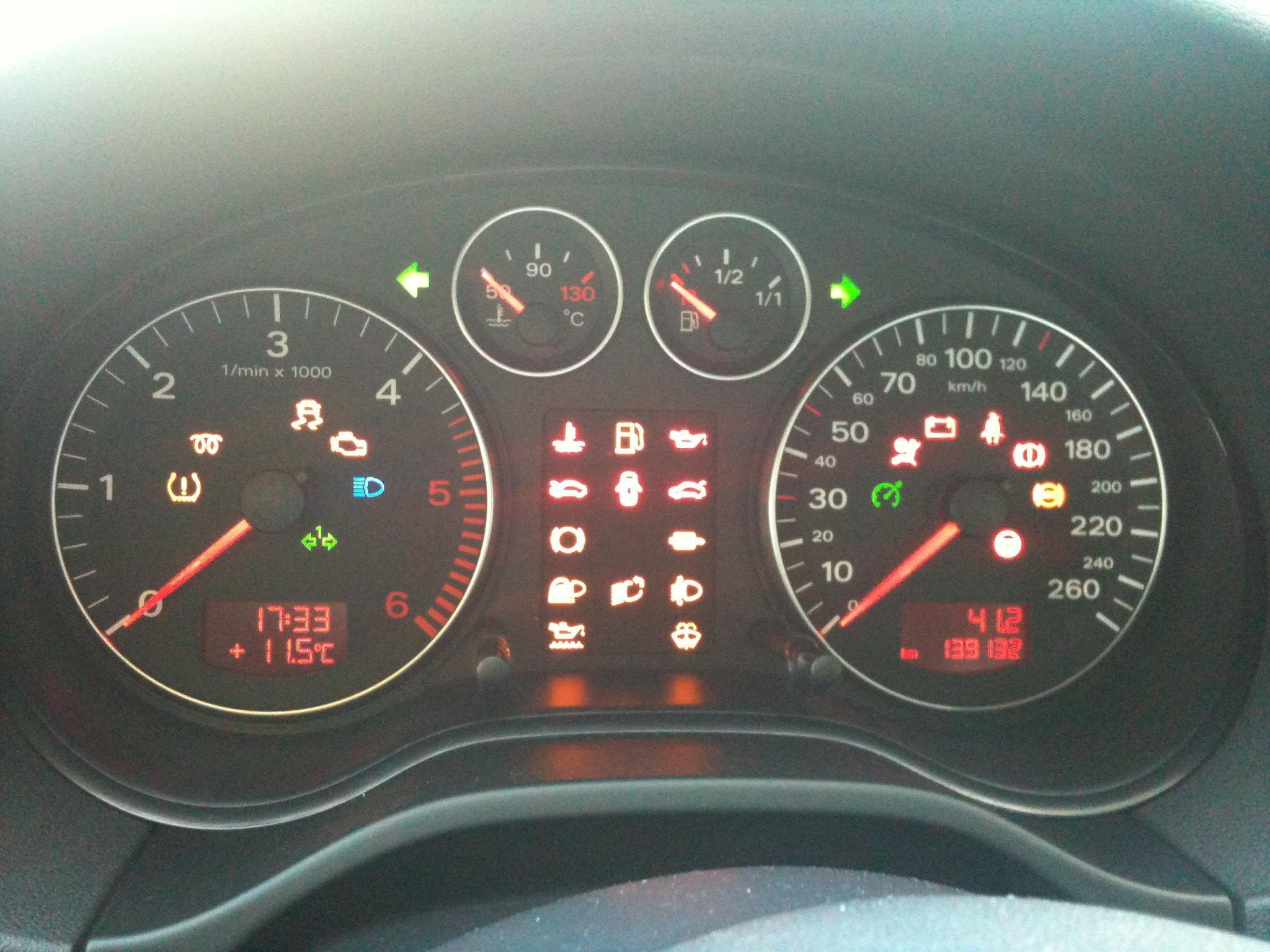 Les Voyants Ou Temoins Lumineux Du Tableau De Bord Entretien De Votre A3 Forum Audi A3 8p 8v