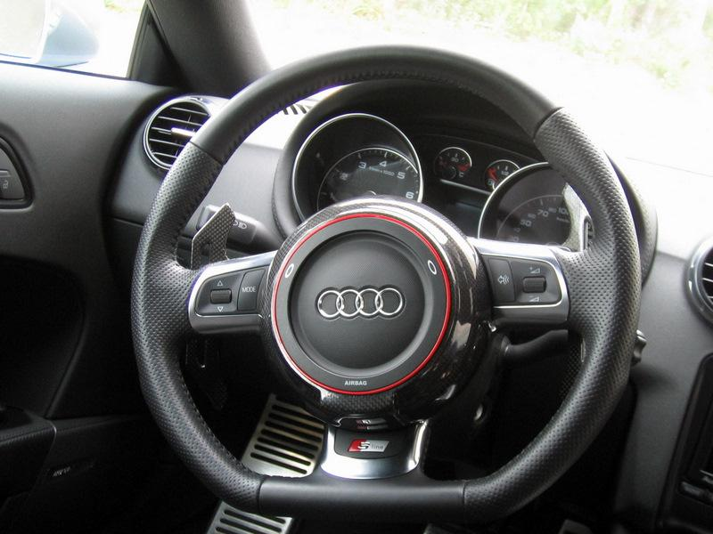 volant magnifique photos vid os objets liens forum audi a3 8p 8v. Black Bedroom Furniture Sets. Home Design Ideas