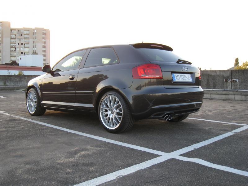 audi a3 ambition luxe 2010 audi a3 ambition luxe avis achat meilleurs prix auto design tech. Black Bedroom Furniture Sets. Home Design Ideas