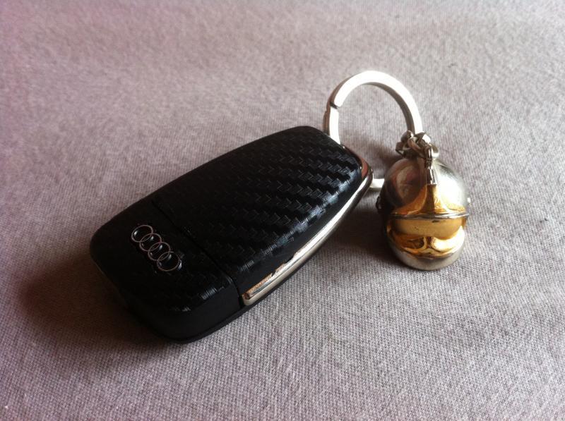 Votre porte clef en photo photos vid os objets for Garage audi courbevoie